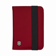 červené pouzdro na pas Victorinox TA 5.0 Passport Holder RFID Protection